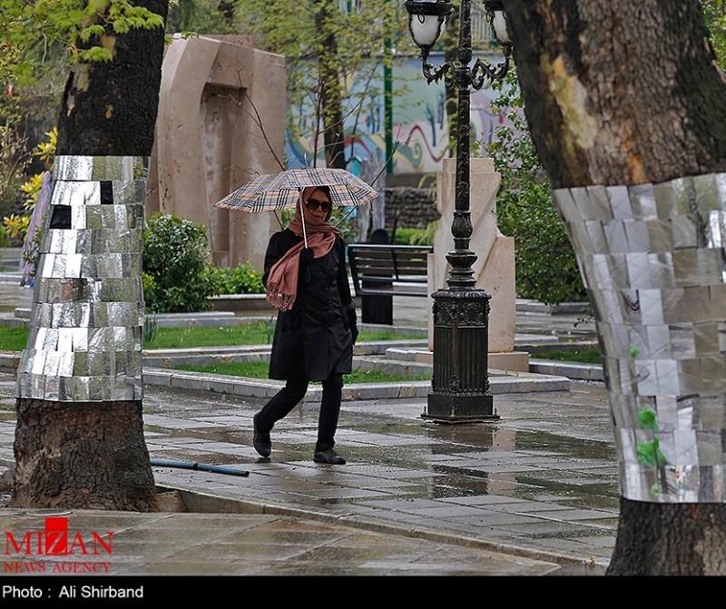 Улица Валиаср в Тегеране, Иран