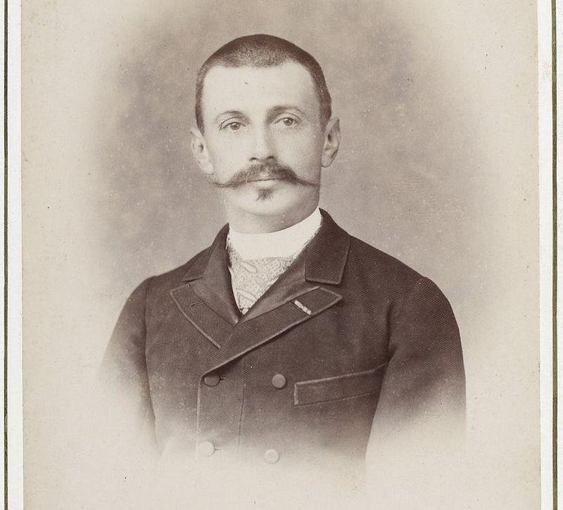 Археолог Жак де Морган