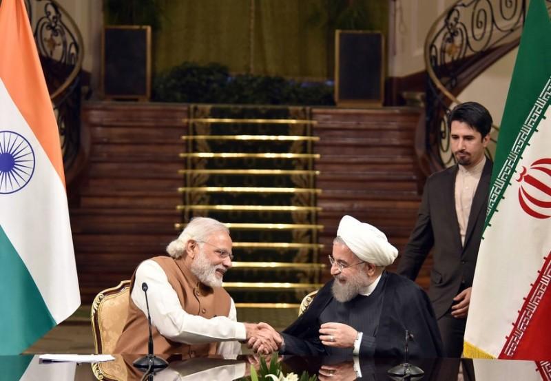 Нарендра Моди и Хасан Рухани