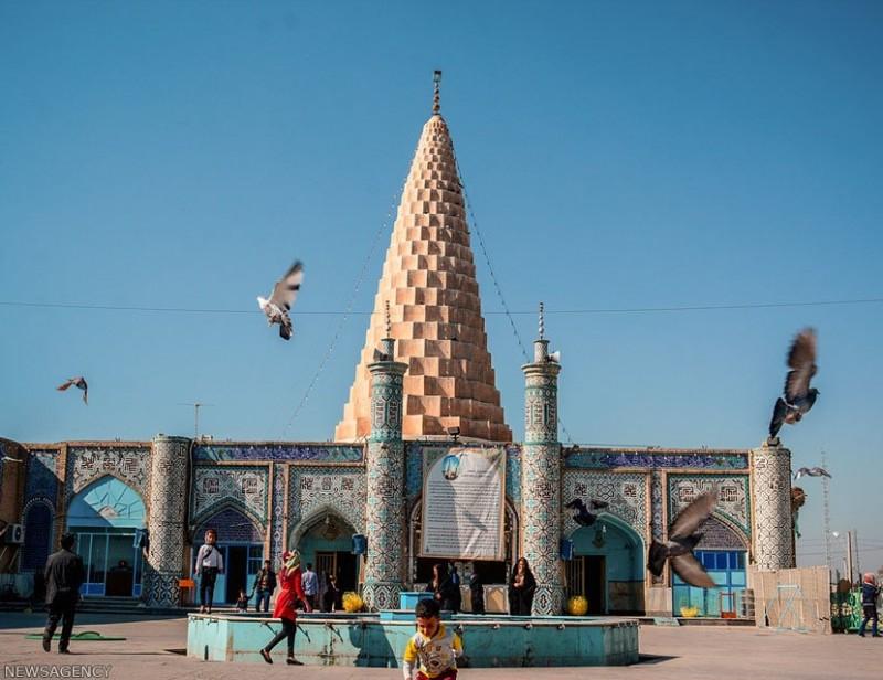 Усыпальница пророка Даниила в Шуше, Иран
