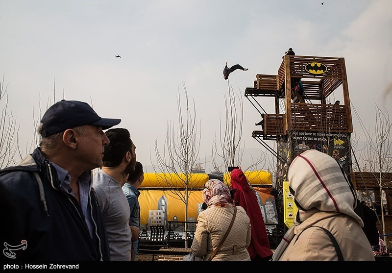 Тегеран, прыжки на воздушную подушку