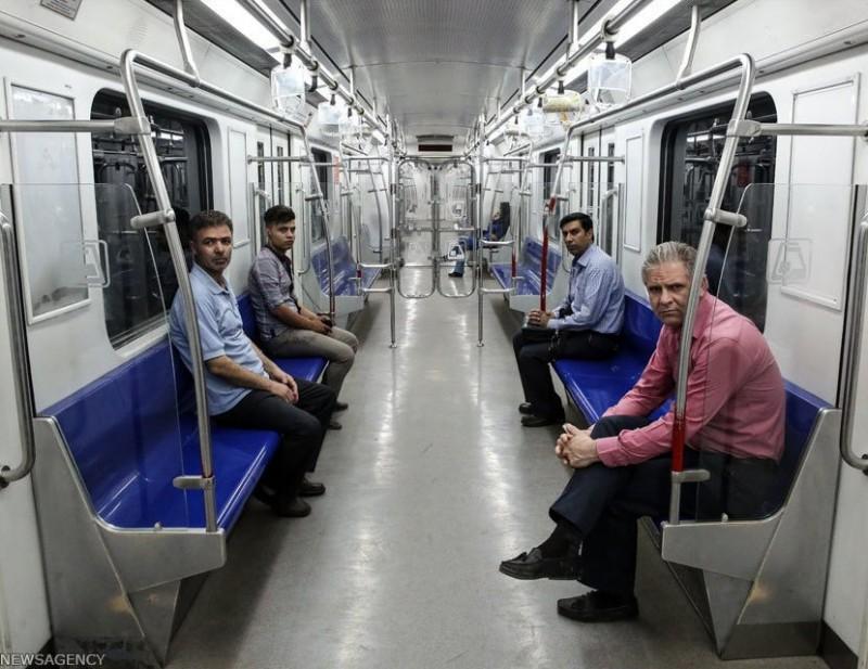 Вагон метро в Тегеране, Иран