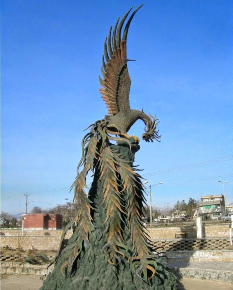 иран нишапур симург скульптура шахнаме