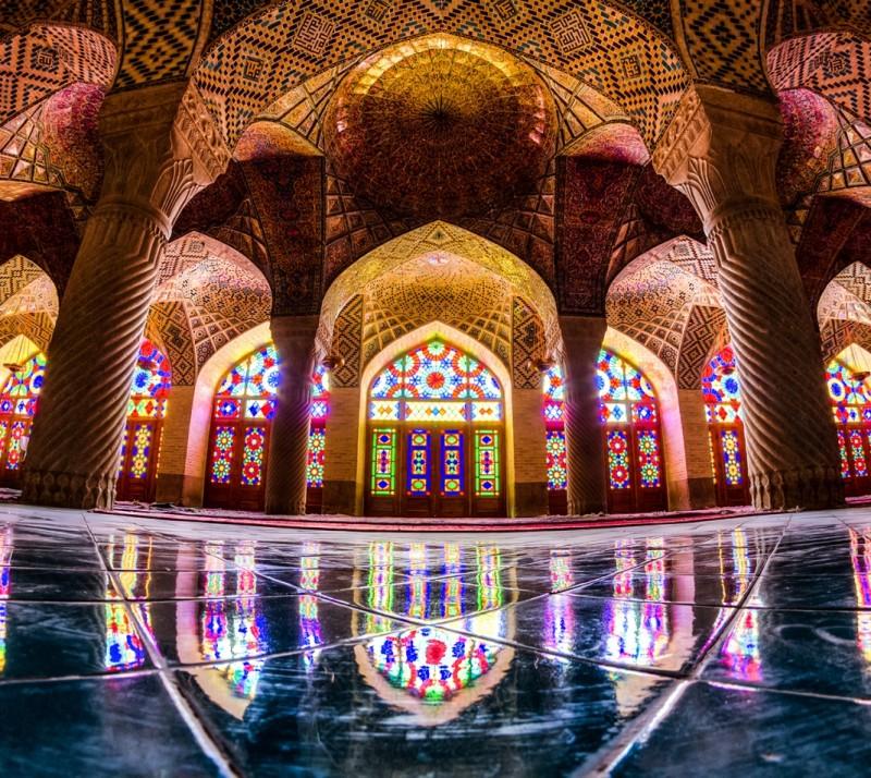 Мечеть Насир оль-Мольк в Ширазе, Иран