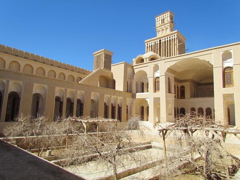 иран йезд эберку туризм