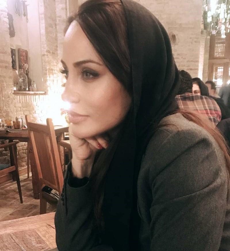 Иранская актриса Рамана Сайахи