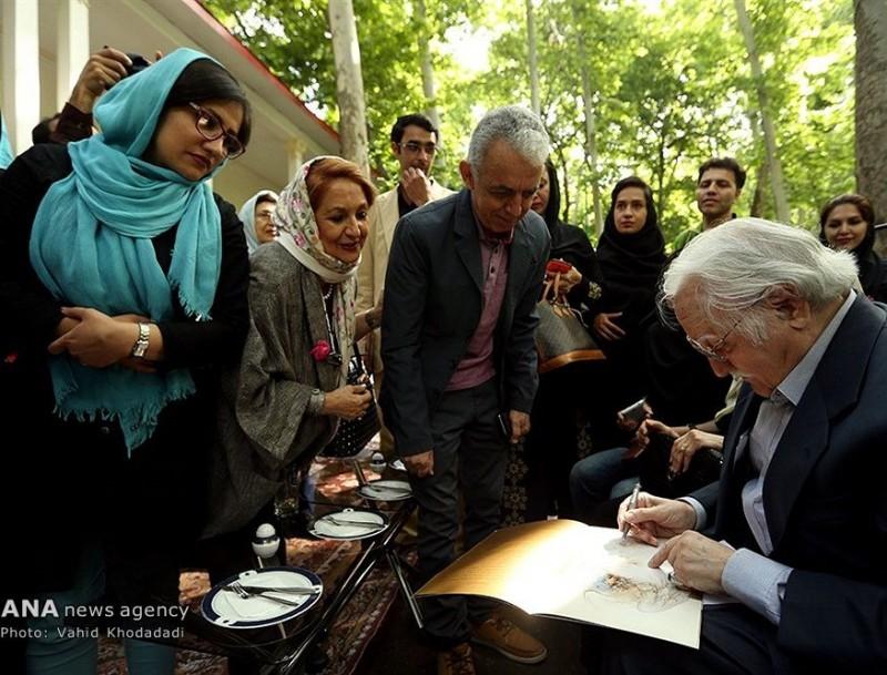 Иранский художник Махмуд Фаршчиан, Тегеран, Саадабад