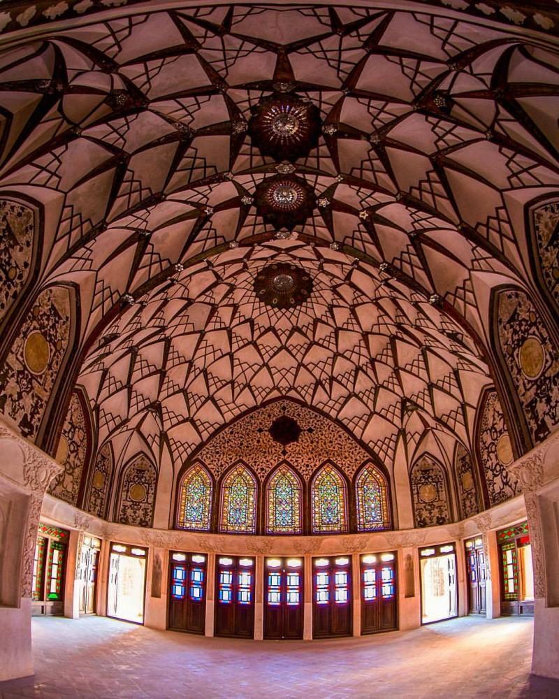иран кашан особняк табатабаи